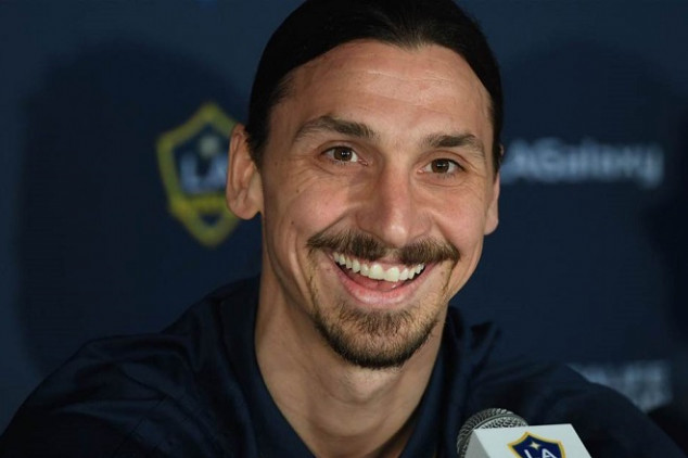 Ibrahimovic shows warm-hearted gesture to kid