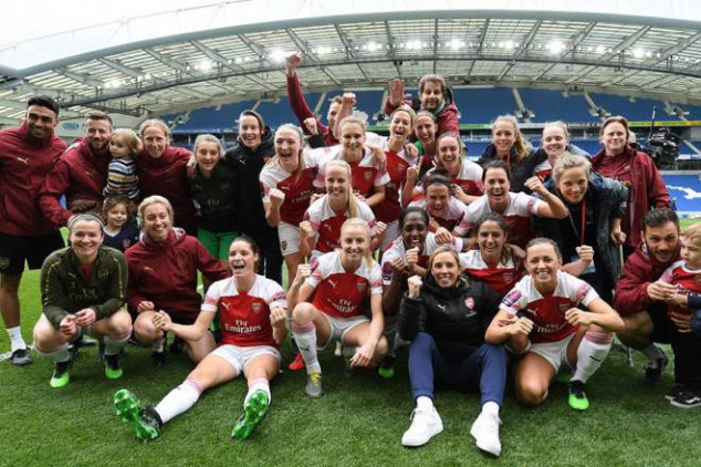 Arsenal makes history with third Premiership title