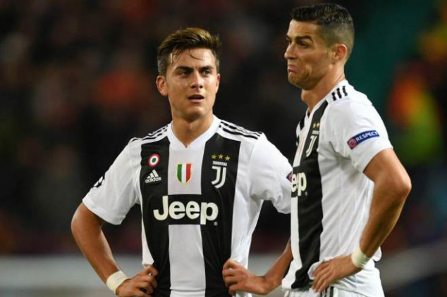 Dybala sends transfer message to Manchester United