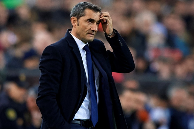 Barca fans call for Valverde's sack