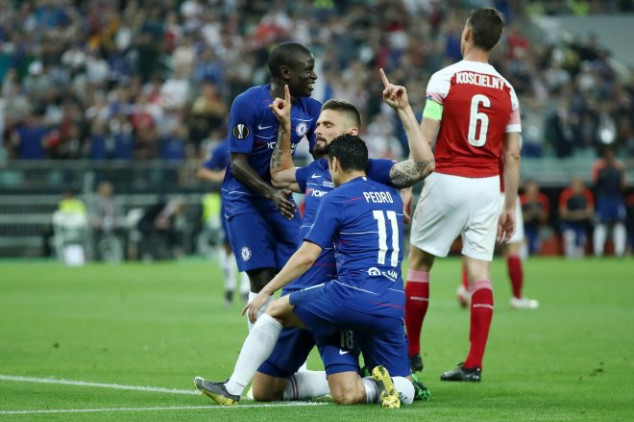 Pedro and Giroud make history in UEL Final