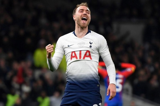 Eriksen urges Real Madrid to sign him