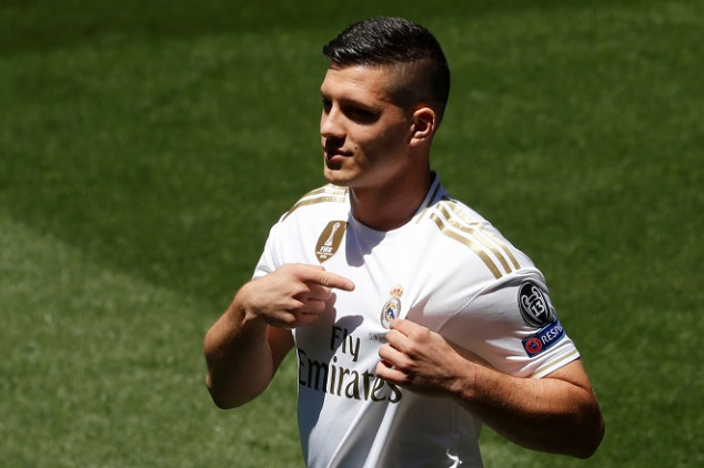Jovic unveiled by Real Madrid in curious fashion