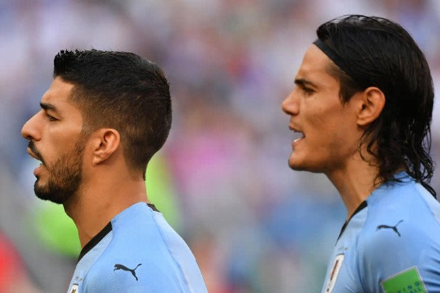 Suarez and Cavani to fight for the Golden Boot?