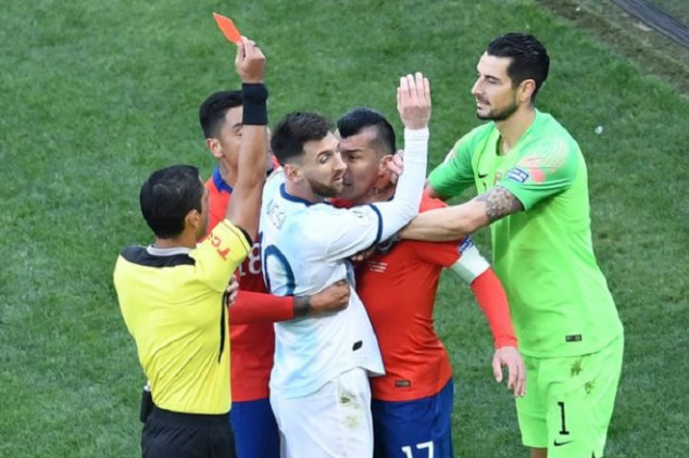 WATCH: Medel and Messi sent off after bust-up