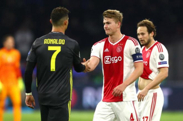 Juventus signs De Ligt; date for medicals revealed