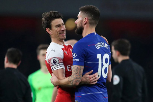 Giroud offers insight on Koscielny-Arsenal rift