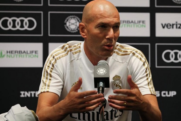 Zidane shares R. Madrid's transfer plans