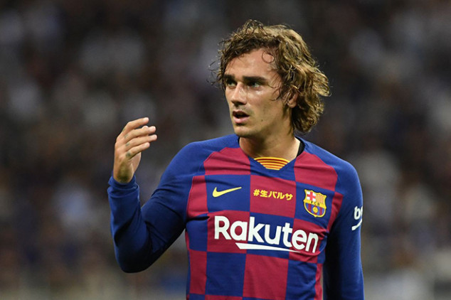 Griezmann suffers two-footed tackle in Barce debut