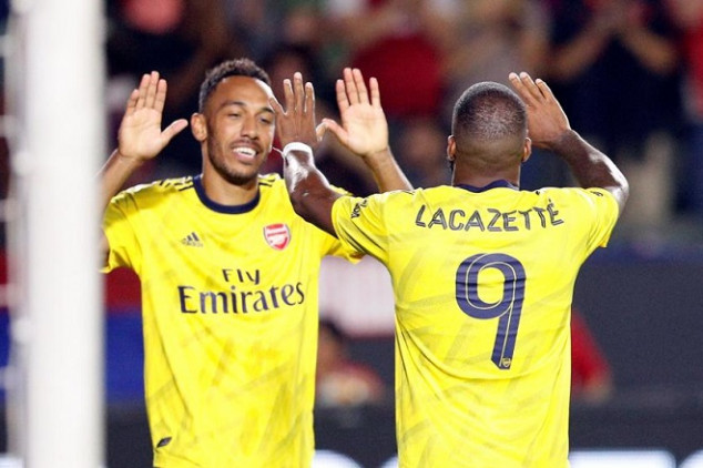 Emery rules out Aubameyang move to Man Utd