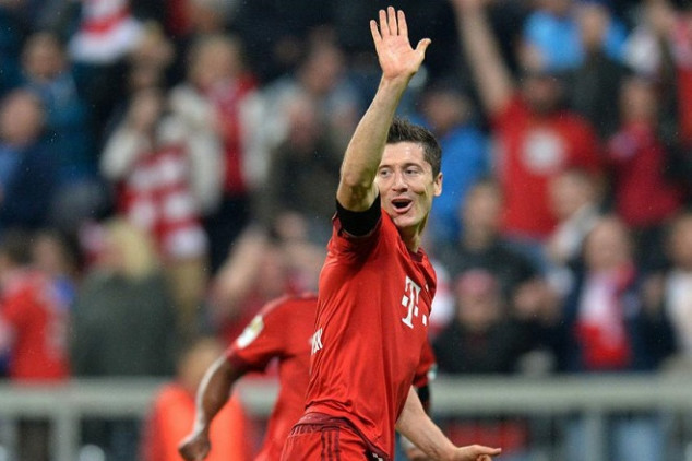 Lewa, mad for Bayern's lack of transfers