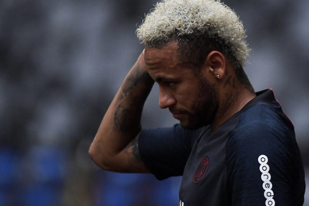PSG sets new code of conduct to control Neymar