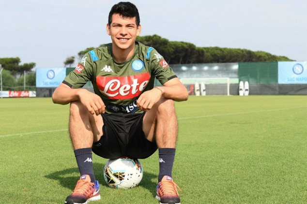 Napoli sets new record by hiring Mexican winger