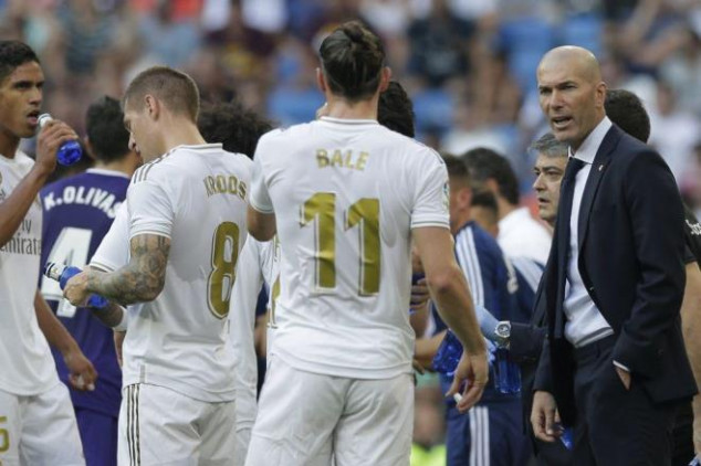 Zidane slams Real Madrid players after shock draw