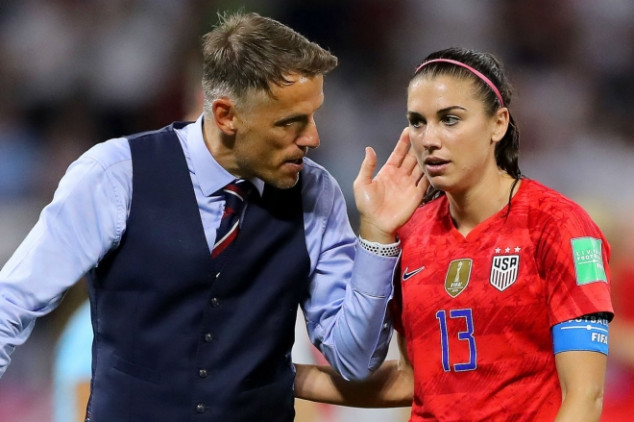 Neville downplays talks to become USWNT boss