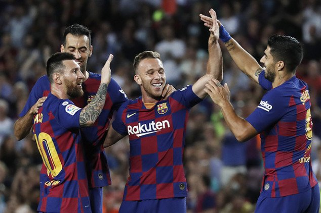 Barca midfielder in trouble after time with Neymar
