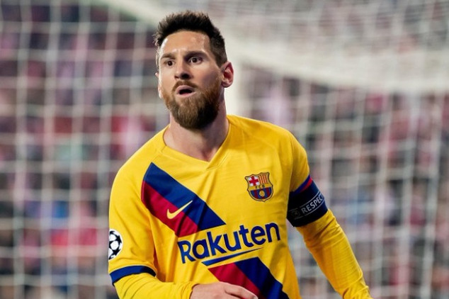 Messi mocked after blatant miss in front of goal