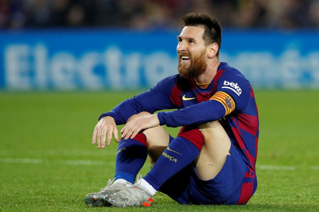 Argentine legend blasts Messi...then gives advice