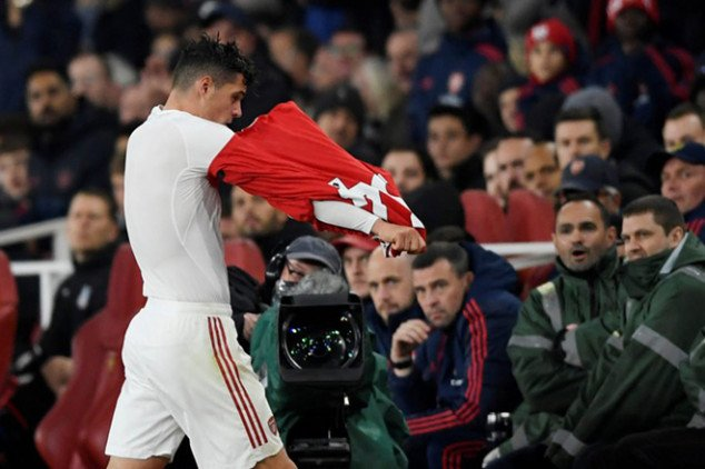 Xhaka issues statement after Palace incident