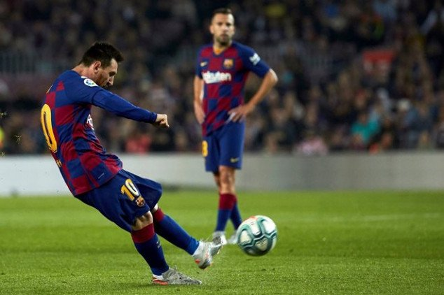 WATCH: Messi equals CR7's record with free-kick