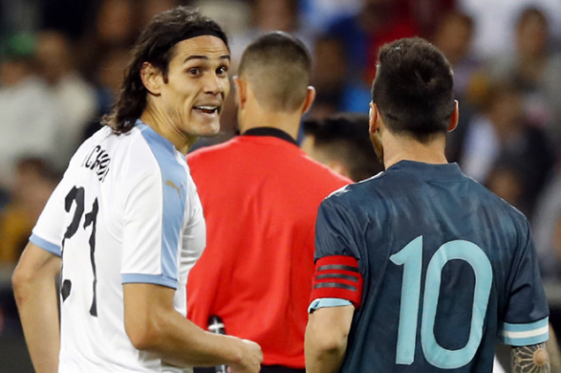 Cavani, Messi involved in bust-up