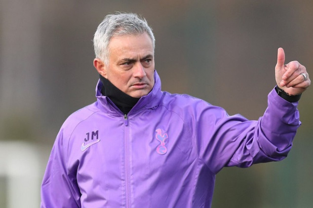 Mou aims dig at Man Utd in interview - Video