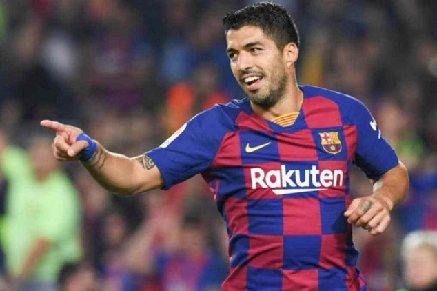 Suárez considering retirement away from Barcelona