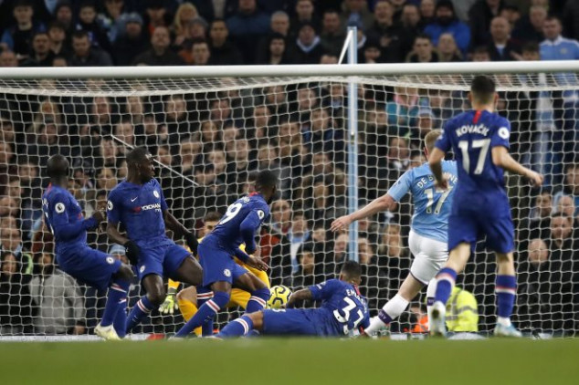 Chelsea goalie singled out for blame in City loss