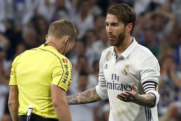 Real Madrid unhappy with Clasico referee