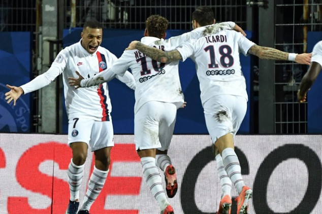 PSG star doubtful of extending stay in France