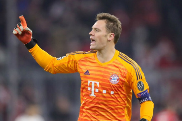 Neuer threatens to leave Bayern this summer