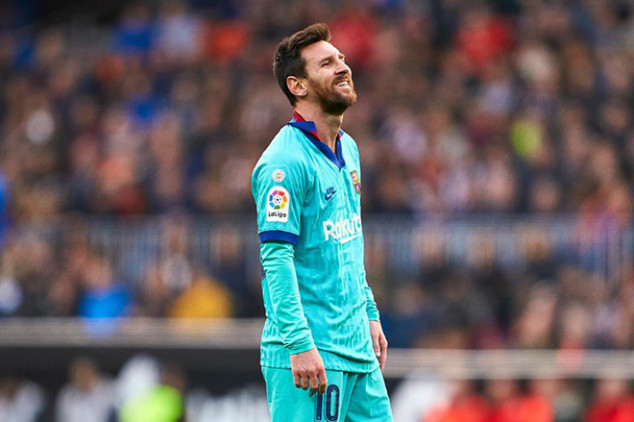 Messi reportedly playing through the pain at Barca