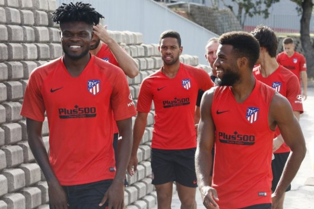 Fans react to Man Utd's pursuit of Atletico star