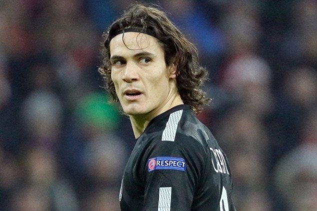 Cavani en route to join South American giant?