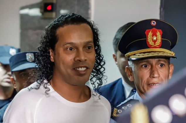 Ronaldinho released from Paraguayan prison