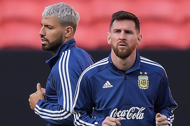 Agüero admitted Messi 'came close' to leave Barca