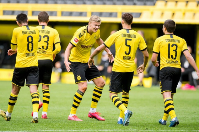 BVB players set personal milestones in Revierderby
