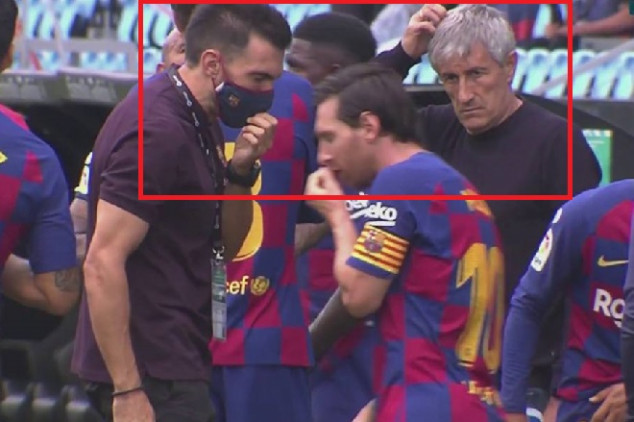 Why did Messi snub Setién and his assistant?