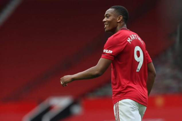 Martial secures all-new record in Bournemouth win