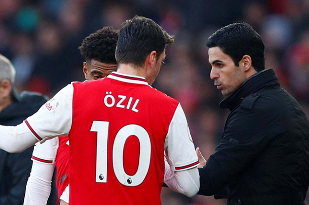 Ozil sends bold message ahead of Liverpool tie