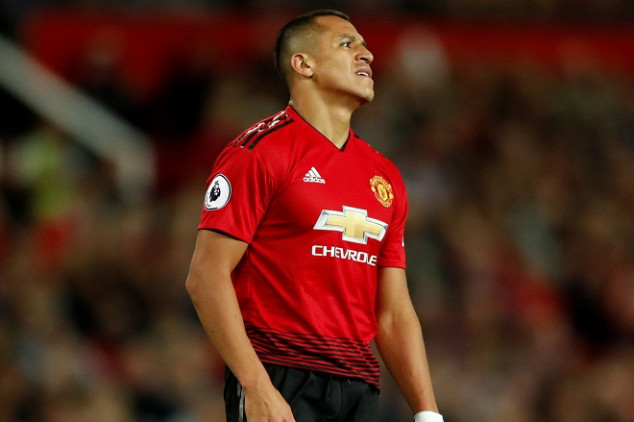 Alexis wanted to leave Man Utd after one day