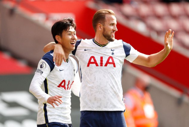 Son and Kane set new EPL record in Spurs win