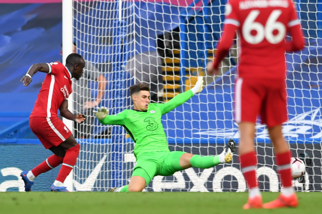 Watch: Kepa's goalkeeping error gifts goal to Mane