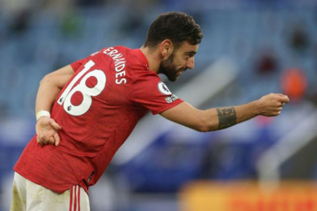 Bruno Fernandes sets record in 2-2 Leicester draw