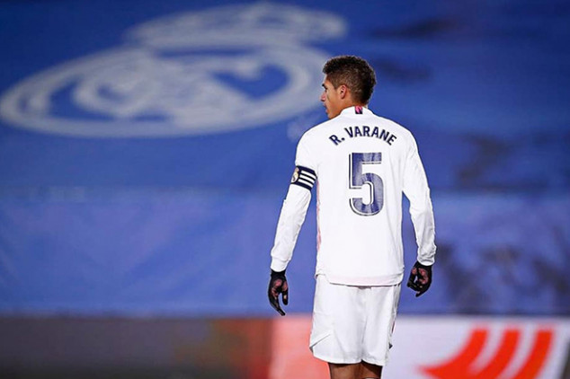 Real Madrid open to selling Varane this summer