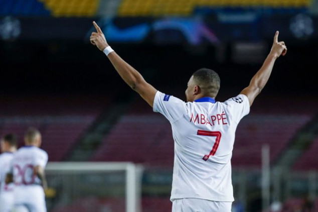 French Minister of Sport asks Mbappe to stay