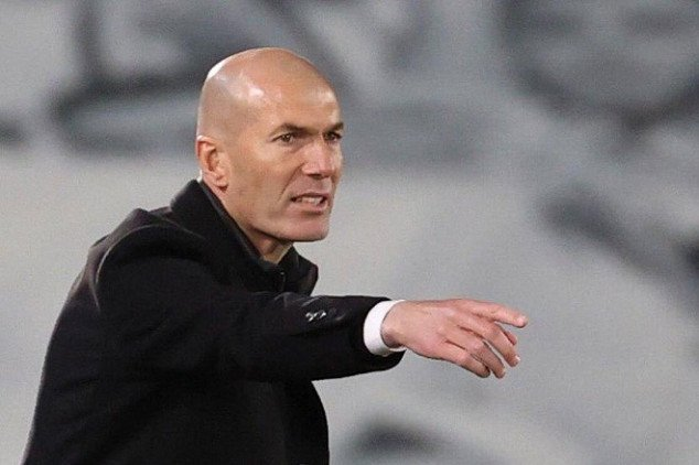 Zidane makes history with another El Clásico win