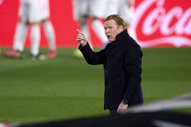 Koeman gives fiery response about his Barca job