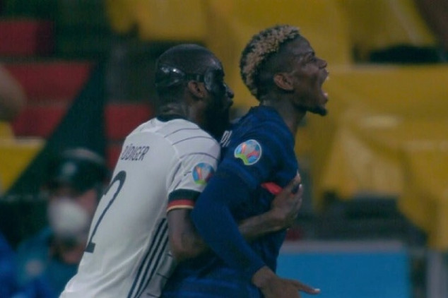 Rüdiger makes headlines for 'trying' to bite Pogba
