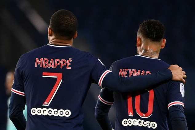 Ligue 1 to shrink to 18 teams